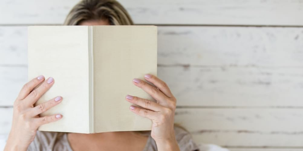 The 5 book releases of May 2019 not to be missed! | Petite Mélanie Here are 5 book ideas for May 2019. Looking for your next read? Look no further! Nonfiction, suspense, mystery, science fiction, fiction, a book for all taste!